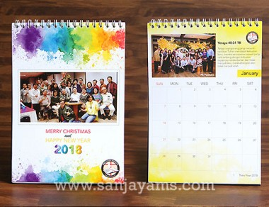 Kalender Meja Design Splash Color