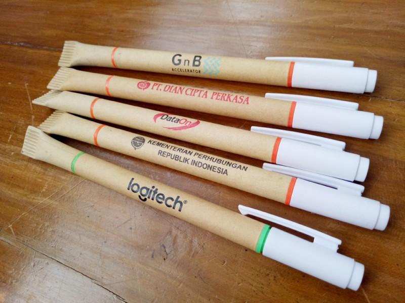 Cetakan pen daur ulang + stabilo