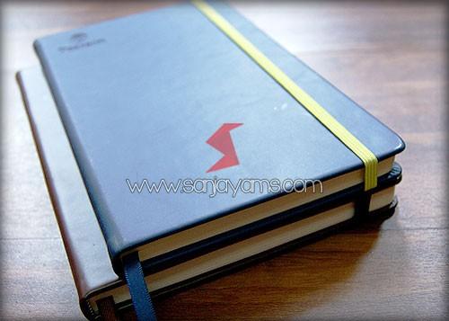Memo buku warna biru