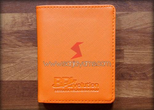 Dompet kartu tanpa kancing