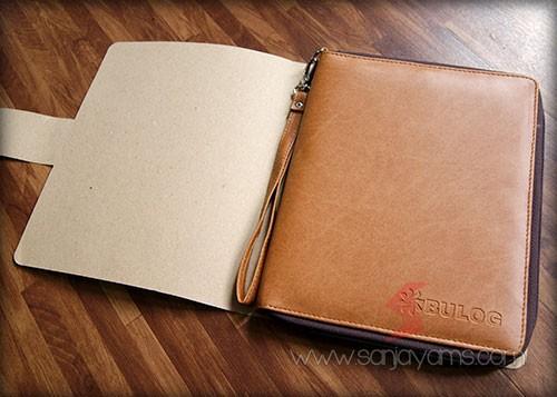 Dompet kulit serbaguna - Bulog