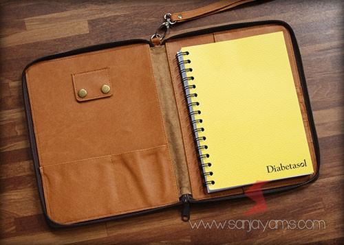 Bagian dalam dompet kulit - Diabetasol