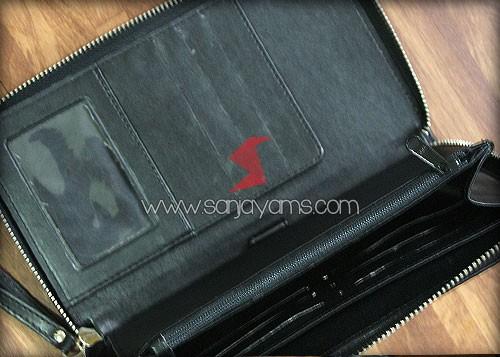 Detail kantong bagian dalam