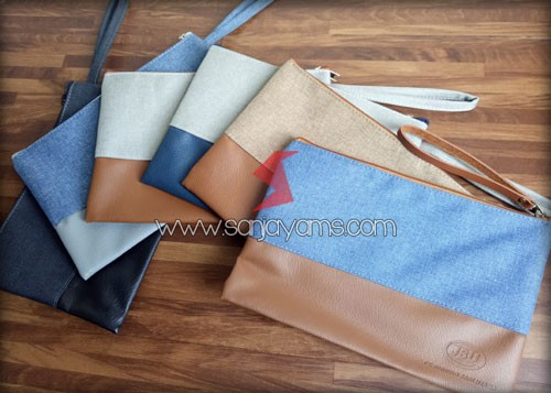 Hasil pouch dengan beberapa variasi warna jeans dan kulit