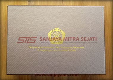Packaging box cokelat