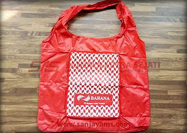 goodie bag bagian belakang merah