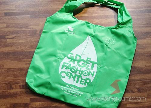 Depan Goodie Bag dompet