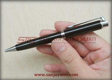 Pen besi warna hitam