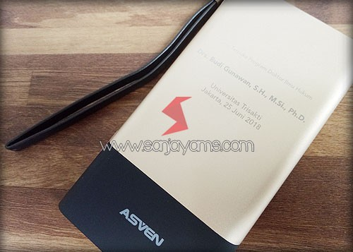 Hasil cetakan laser logo Powerbank Asven London