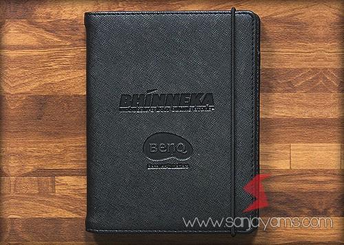 Cetak emboss logo Bhinneka