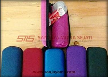 beberapa pilihan warna dompet payung