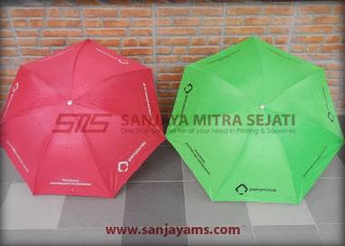 Payung yang sudah dicetak
