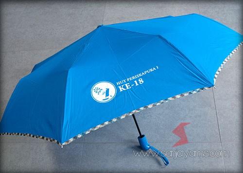 Hasil cetak logo pada payung