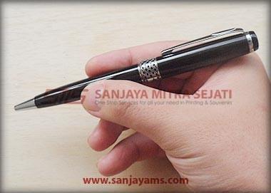 Pen Besi B08