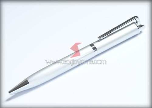 Pen Besi B09 dengan warna silver