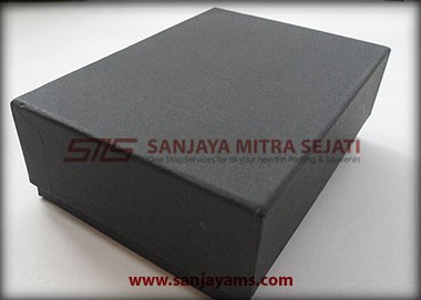 Packaging Kotak Hitam