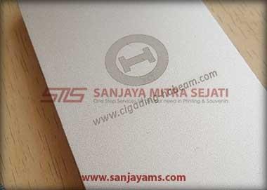 Contoh laser gravir logo