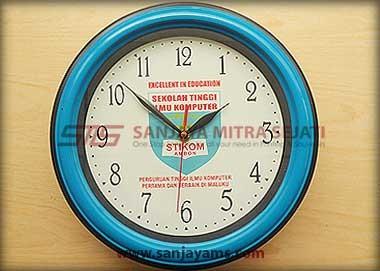 Jam promosi warna biru