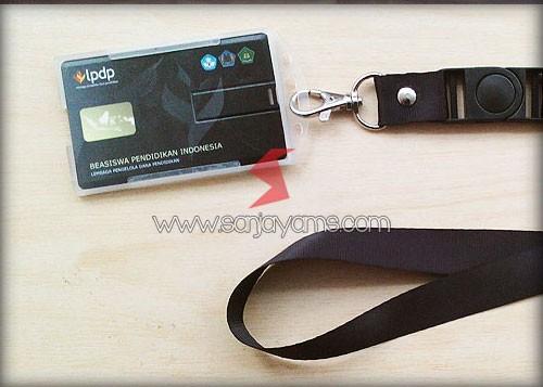 USB Kartu dijadikan kartu peserta