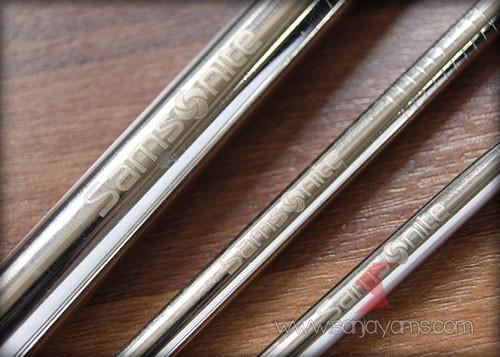 Detail grafir pada sedotan