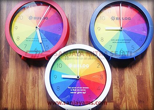 Hasil cetakan full color di dalam jam