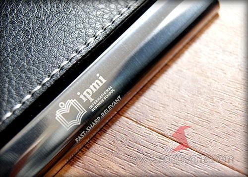 Hasil cetakan laser logo dengan logo IPMI
