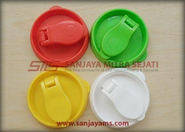 Tutup tumbler gagang plastik