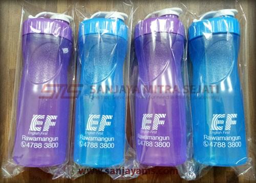 Souvenir tumbler plastik EF Rawamangun