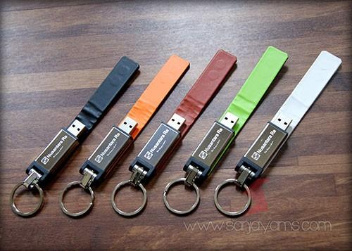 Macam - macam warna pada kulit USB
