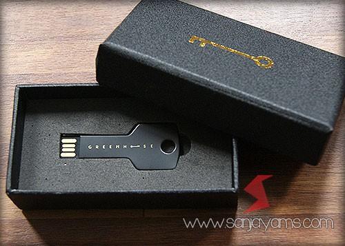 USB Kunci Hoitam + Box Hard Cover