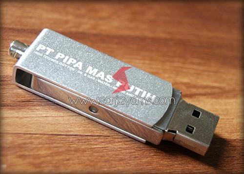 Hasil cetakan 1 warna di USB putar