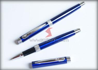 Pen Besi (B02)