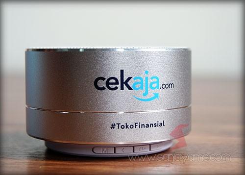 Hasil cetakan dengan logo cek.aja di bluetooth speaker