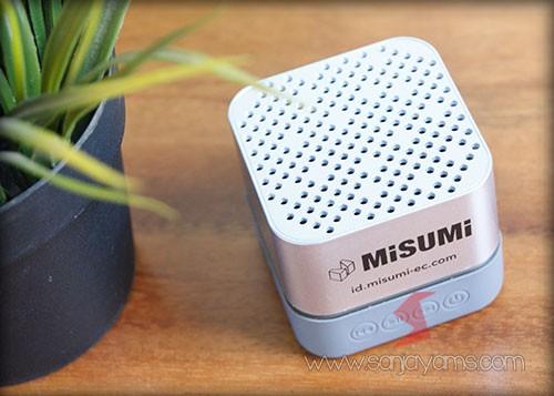 Detail bagian atas Bluetooth speaker - Misumi