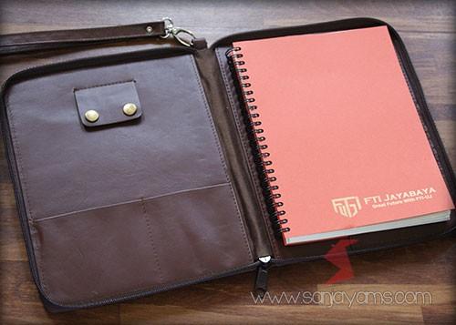 Dompet kulit serbaguna - Jayabaya