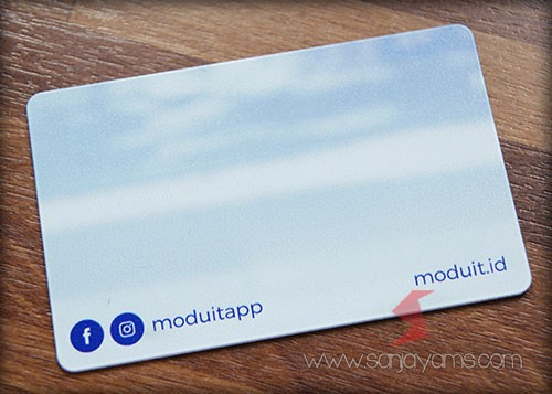 Bagian belakang E-Money - Moduit