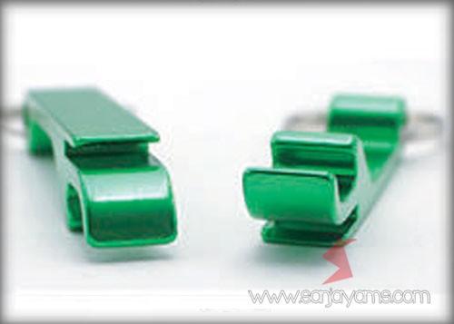 Gantungan dengan warna hijau