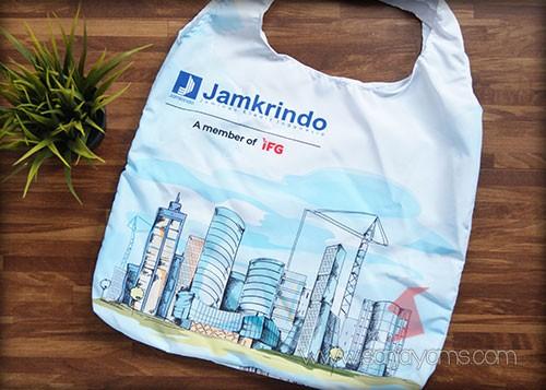 Detail bagian belakang goodie bag Jamkerindo setelah di buka