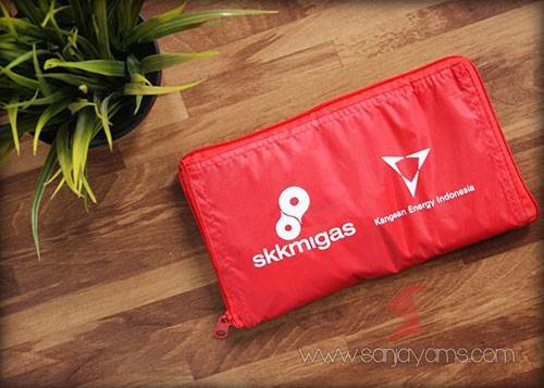 Goodie bag dompet SKK MIGAS