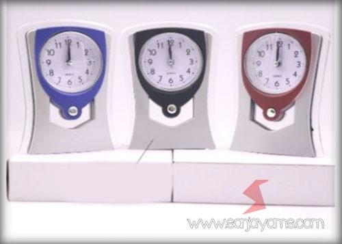 Detail tampilan jam meja (CMPL06)