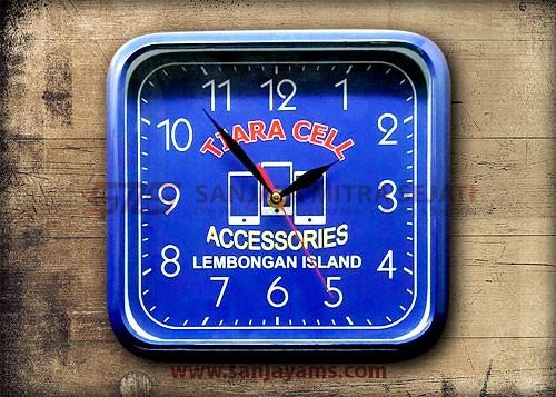 Jam dinding  kotak - Tiara cell