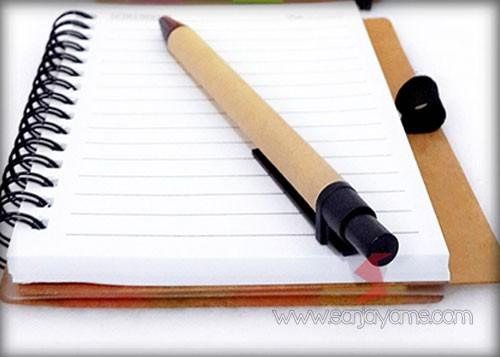 Detail kertas memo soket pen