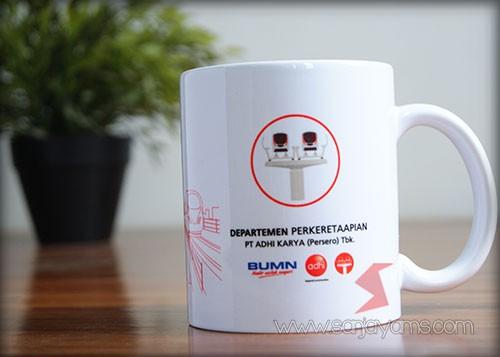 Mug keramik - PT Adhi karya