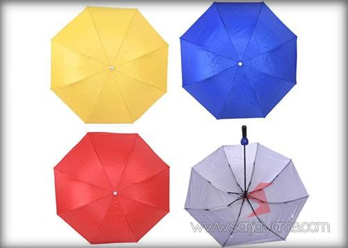 Beberapa pilihan warna payung