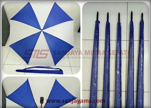 Payung wana biru putih