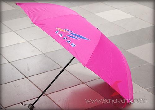 Payung  lipat 3 warna pink - Lapan