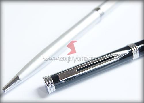 Pen besi paku warna hitam dan putih