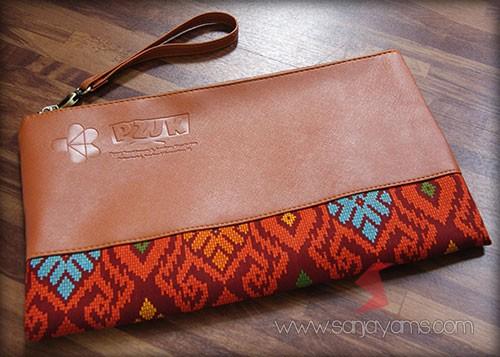 Pouch kulit kombinasi batik - P2JK