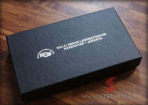 Packing box hard cover - Balai Besar Laboratorium