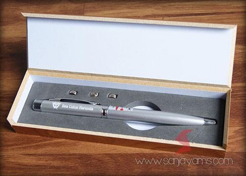Pulpen 3 in 1 box kayu - Bea Cukai